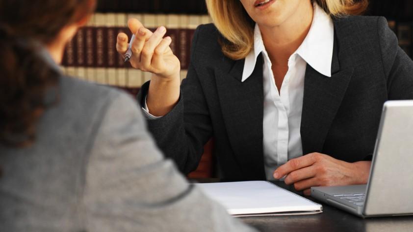 5 стъпки да изберете и наемете добър адвокат